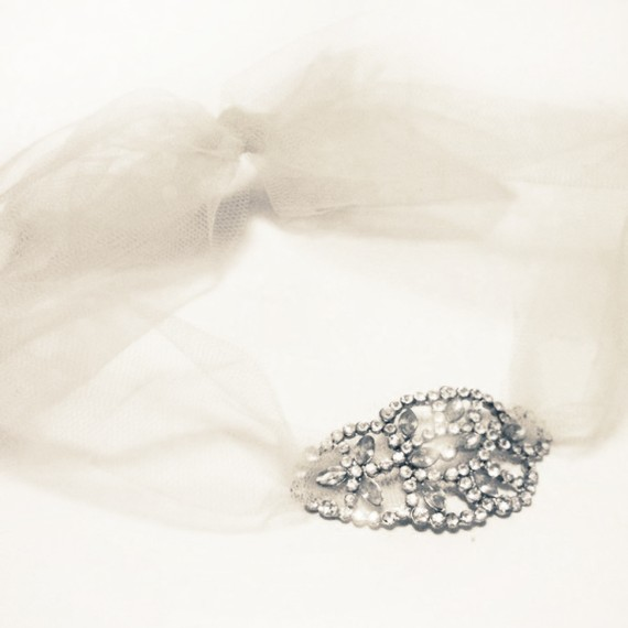 vintage diamante brooch and tulle necklace wedding jewellery