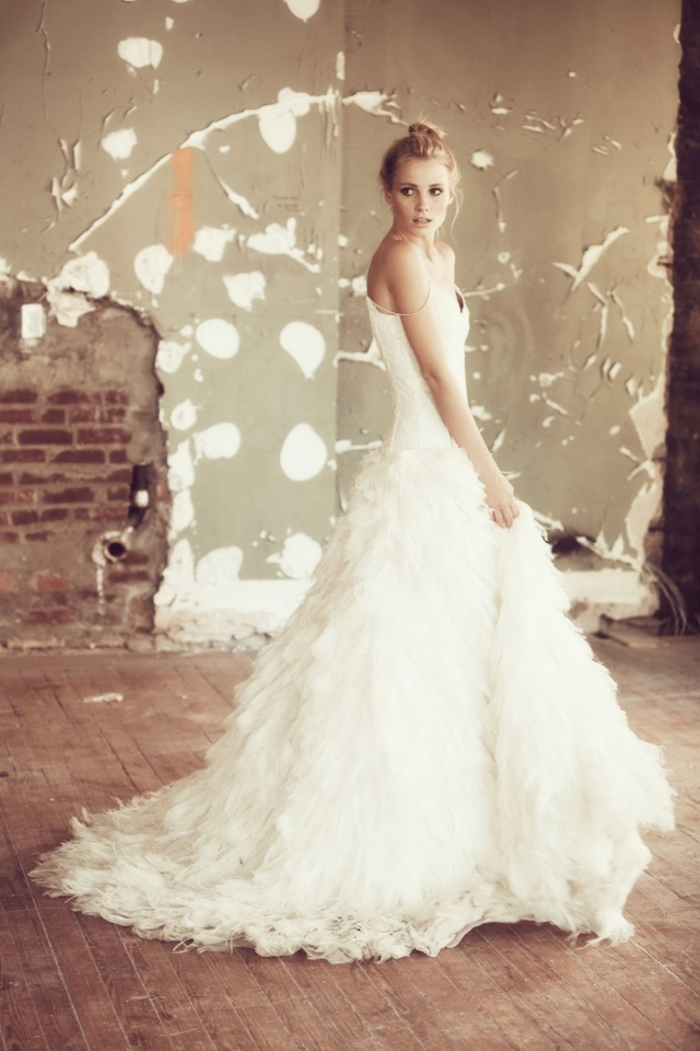 The LANE Bridal Editorial_NYC_Lauren Ross_Monique Lhuillier Gown_Shanay Hall_Karissa Fanning
