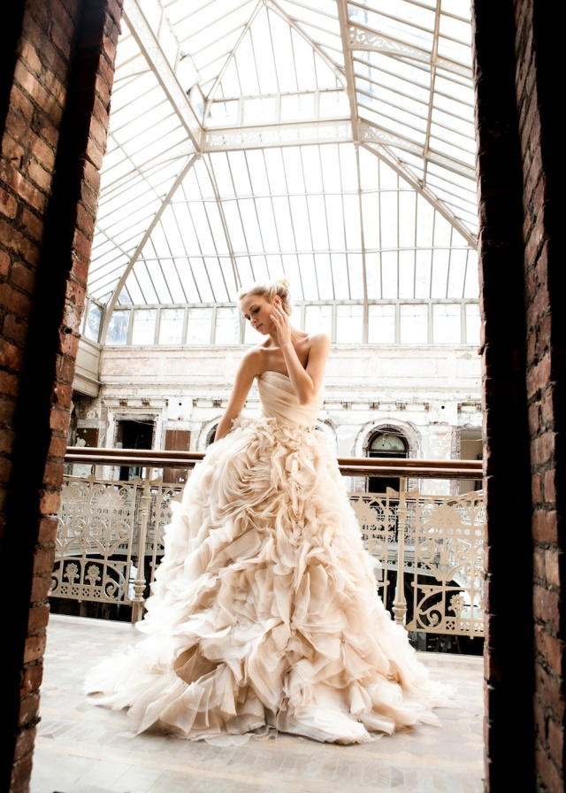 The LANE Bridal Editorial_NYC_Lauren Ross_Monique Lhuillier_Shanay Hall