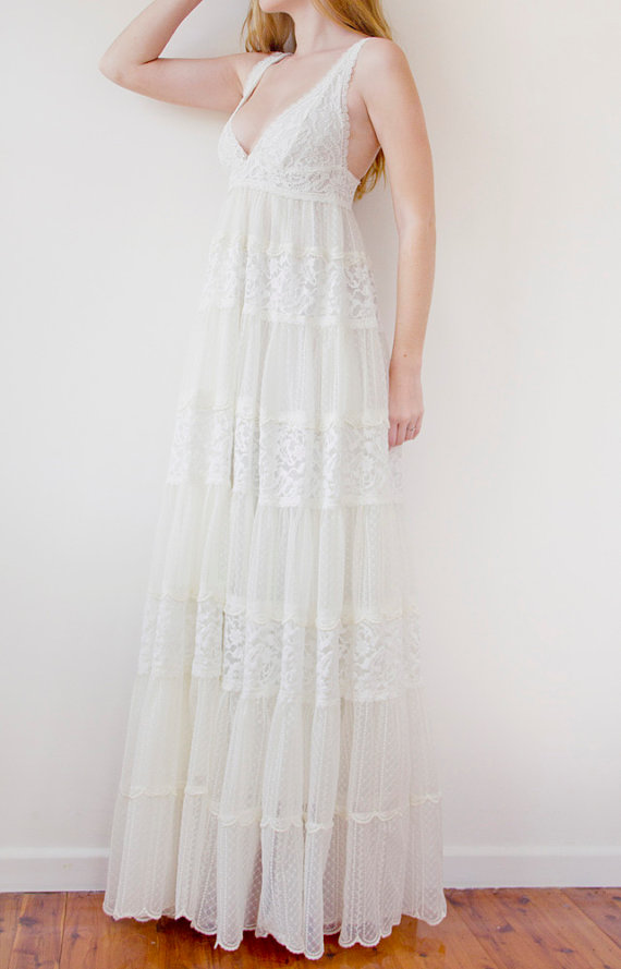 Daughters of Simone Lonnie Vintage Wedding Dress 500